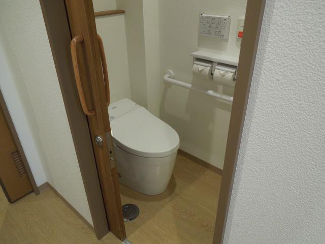 トイレ付個室